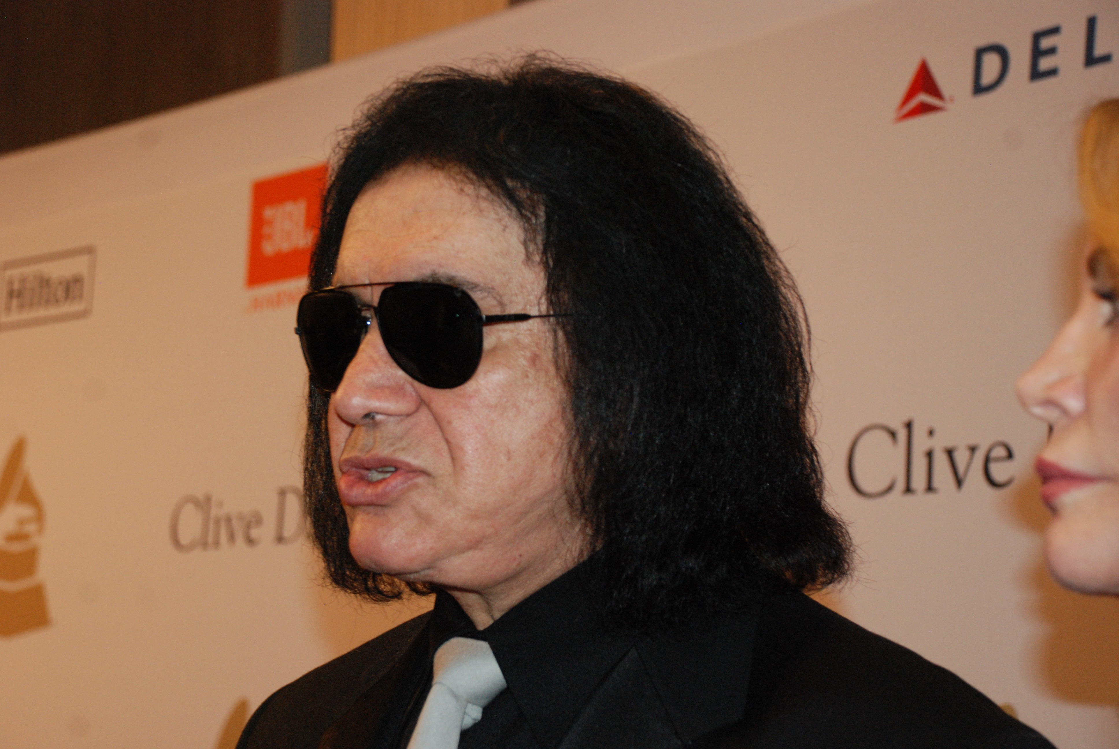GENE_SIMMONS_AT_CLIVE _DAVIS_EVENT