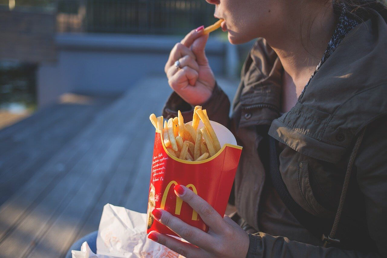 These Tips Are Supposed to Keep your McDonald's French Fries Fresh The Whole Way Home