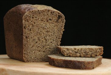 A Woman on Twitter Had Some Strong Table Bread Opinions and Most People Did NOT Agree